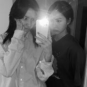 은서 (우주소녀) with 신비 (VIVIZ)